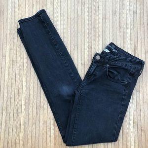 American Eagle Women's Size 6 Skinny Black Jeans